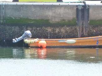 藤沢市・片瀬漁港のボート