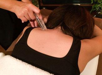 パワーストーンセラピー|高波動の精油を使い自律神経の働きを整え脳のストレス、心と身体を癒すプライベートサロンLuana(ルアナ)|和泉市