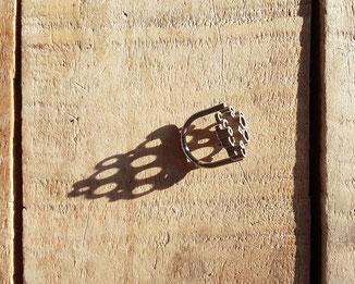 geometrischer Statement Ring aus Edelstahl