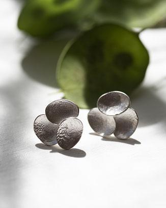 große auffällige Ohrstecker Silber