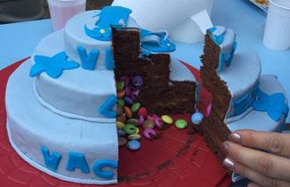 gâteau chocolat, ganache chocolat, abricots, coeur de smarties