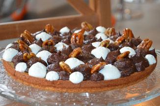 chantilly au thym, confit de figue, ganache chocolat, noix de pécan caramélisées
