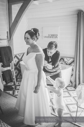 Vicky & Laura's Tunnels Beaches Wedding