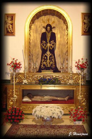 Primera Fase de la realización del retablo de la capilla de la hermandad.