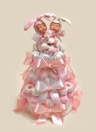 """Торт из памперсов для близнецов """"Заюшки"""" (из коллекции """"Сон на двоих"""")"""