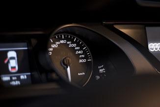Audi S5 4.2 2009 dashboard