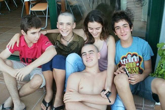 Foto de los 5 protagonistas de la 4ª planta. Coaching para adolescentes