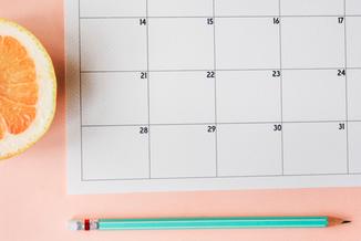 Ob Ferienkalender oder besondere Aktivitäten wie Theaterbesuche oder Waldnachmittag. Hier findet ihr alle wichtigen Termine auf einen Blick.