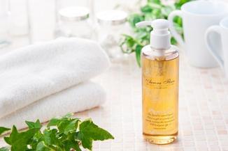 フケかゆみ・敏感肌・乾燥肌・匂いを改善する無添加全身シャンプー
