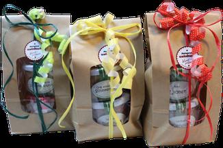Bild: Schenken macht Freude. Wir verpacken unsere Wurst damit Sie Ihren Freunden und Bekannten eine Freude machen. Schwarzwurstritter; Original Öpfinger Schwarzwurst; Wurstgeschenk; Wurstglas; Wurst im Glas; Wurst im Onlineshop, Weihnachtsgeschenke
