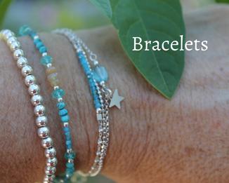 combinaison de bracelets en turquoise et argent