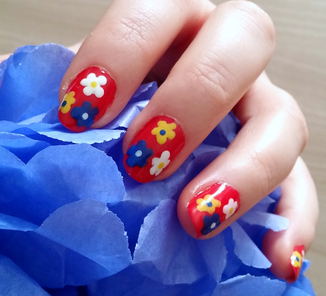 nailart-fleurs-tricolores-LesAteliersDeLaurene