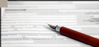Vertrag zum Ausfüllen mit Füller in der Kanzlei Sibylle Unruh