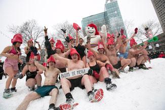 Bain de neige et bonhomme Carnaval