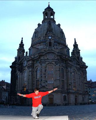 Guenter Mokulys an der Frauenkirche / Dresden