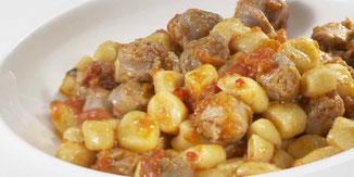Gnocchetti di patate con salciccia Luiset agrisalumeria maiali