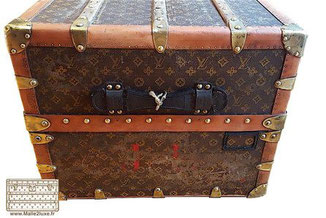 very bad condition vuitton trunk 1927