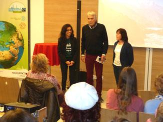 Foto: Herbert Meier (v.l.n.r.: Shikshya Pandey begrüßte zusammen mit Stadtrat Rainer Hortolani und Birgitt Rupp die Gäste)
