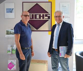 Geschäftsführer Oswald Hirsch und Bürgermeister Ludwig Eisenreich bauen auf Berching als Standort. Foto: Stadt Berching