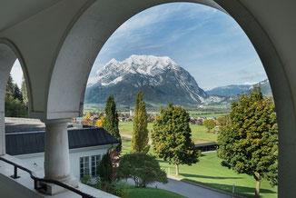 Doppelzimmer Ausblick Grimming - Hochzeit im Schloss Pichlarn © Richard Schabetsberger