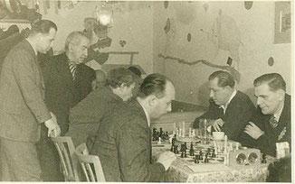 im Gasthaus Bösl 1951