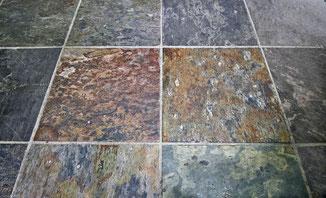 Fußboden in Buntschiefer