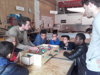 Centre Social ALCO Amiens Nord Activités manuelles vacances Fablab La Machinerie baby foot menuiserie