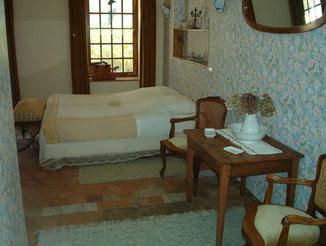 """chambre familiale """"Les Anges"""" Coté jardin"""