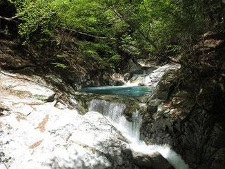 トミーワンハイキング 西沢渓谷