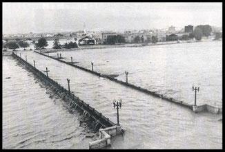 Riada de Valencia 1957-puente de aragón.