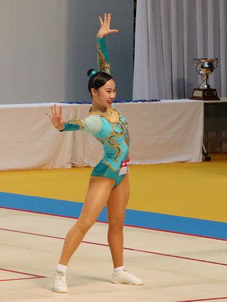 シニア女子シングルとミックスペアで初優勝した金子実楓