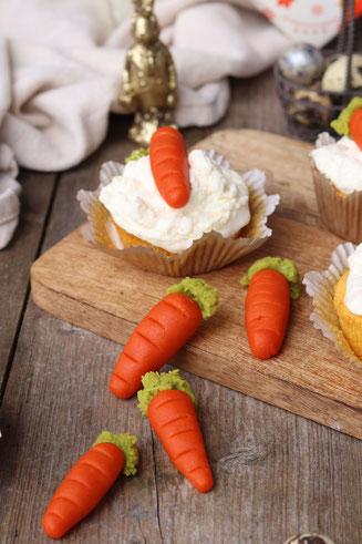 Marzipankarotten und Karottenmuffins
