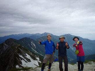 針ノ木岳山頂にて