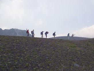 二重山稜からメンバーを写す。ルンルン気分。