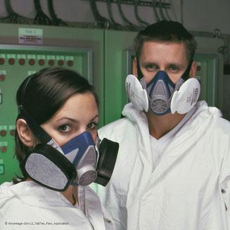 Ausbildung zum Atemschutzgeräteträger, Maskenreinigung, Atemschutzgeräte tragen
