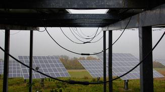 frei hängende Leitungen, Steckverbindungen im Sammelpunkt von Tropfwasser