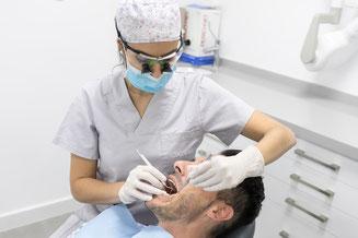 periodoncia, encias, gingivitis, sangrado, clínica dental integral bruno negri, bruno dentista, pilar de la horadada, calidad, implantes, dentista, dolor muela, empaste, bruno negri, odontologo, doctor, dr. bruno negri, periodoncia, cirugia oral, cirugia,