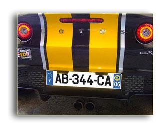 plaques adhésifs pour voitures de courses