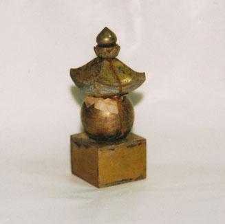 仏舎利が納められた「金銀銅製五輪塔」