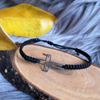Armband Kreuz gross  12,50 Euro