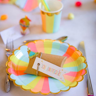 THEME MULTICOLORE ANNIVERSAIRE 1 AN- COLOURFUL FIRST BIRTHDAY PARTY DECORATION