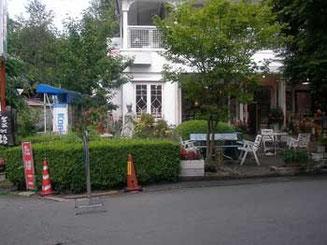 長野県・旧軽井沢の土産店
