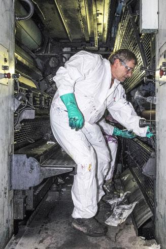 Spezielle Maschinenreinigungen für Betriebsanlagen und Werkstätte