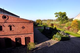14715 Nennhausen, Bauernhof mit Nebengelass am Naturschutzgebiet Havelländisches Luch