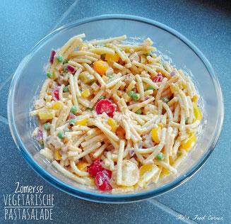 zomerse vegetarische pastasalade