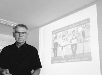 Reinhard Huber, hier als Socialmedia-Trainer in Graz