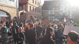 Auch Fürther LBV-Mitglieder haben am 20.9. und am 1.11. bereits für mehr Klimaschutz demonstriert (Bild: Dr. Rainer Poltz)