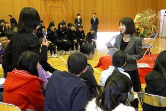 生徒たち対話しながら講義をしました