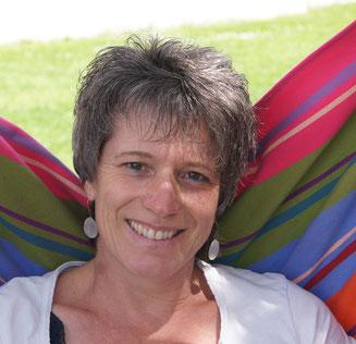 Patricia Neukomm, Beratung, Familienstellen, Trauma Therapeutin STA®, Entstressung, IEET® Arbeit, Transformation Coach, Unterstützung