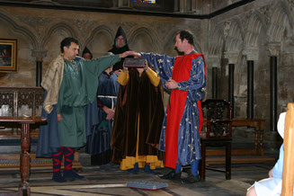 King John receives homage from Llewlyn Prince of Wales.